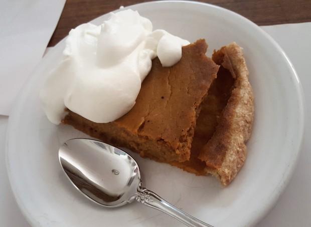 thanksgiving pie slice